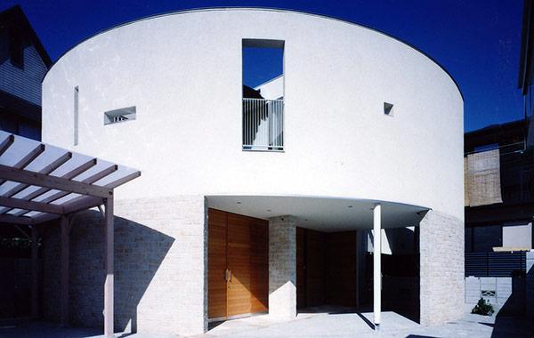親王塚の家