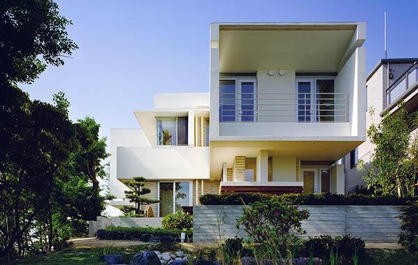 霞ヶ丘の家