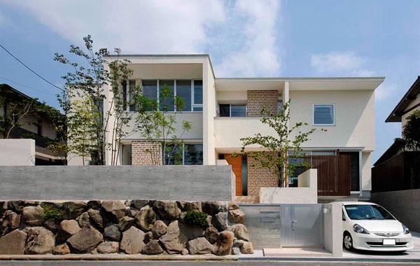 桃山台の家