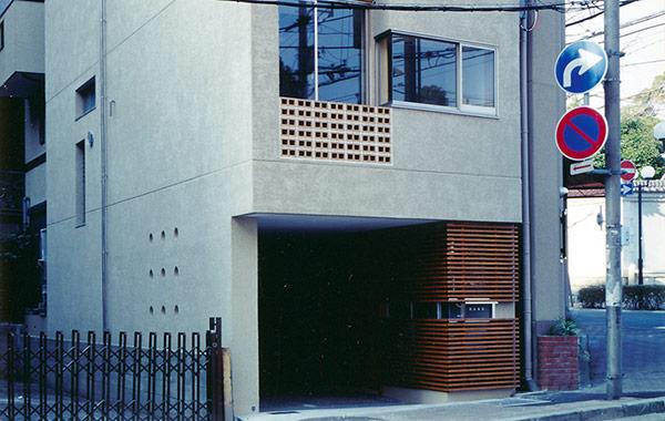 中山手通の家
